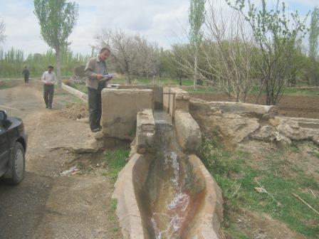 Hydrofluom irrigation network design of aquifers in Nokharaghan
